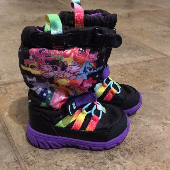 Stride Rite My Little Pony Snow Boots
